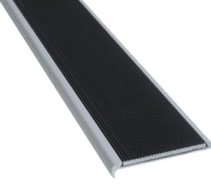 Recessed with corrugated aluminium insert- ST12